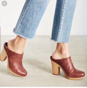 Dolce vita leather mules